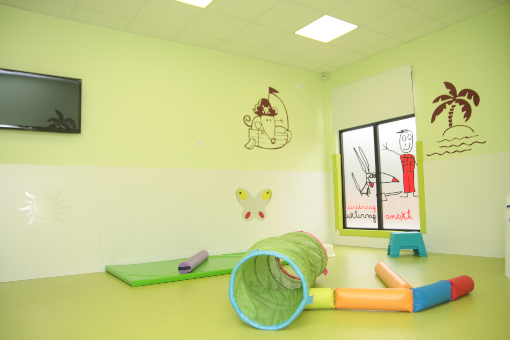 Detalle aula verde guardería txanogorritxu Ansio-BEC